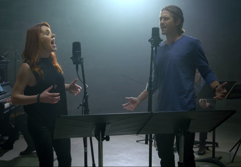 Aaron Tveit and Rachel Tucker perform Out of Oz